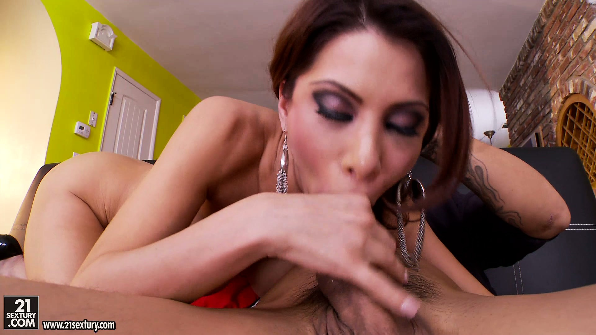 Porn Tube of She's A Naughty Cougar Who Knows How To Smoke A Big Young Dick