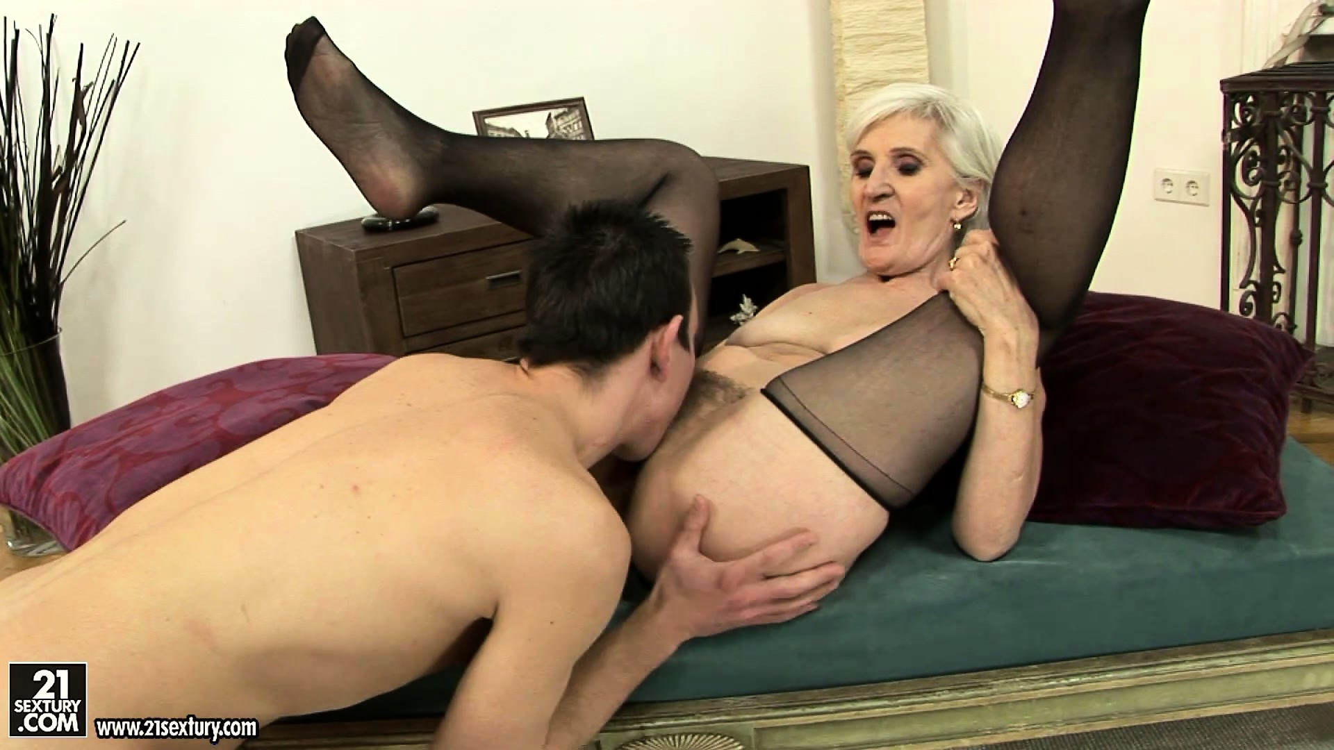 Porno Video of Cyber-granny Found Herself A Nice Piece Of Young Meat To Eat Her Wrinkly Fur Patch