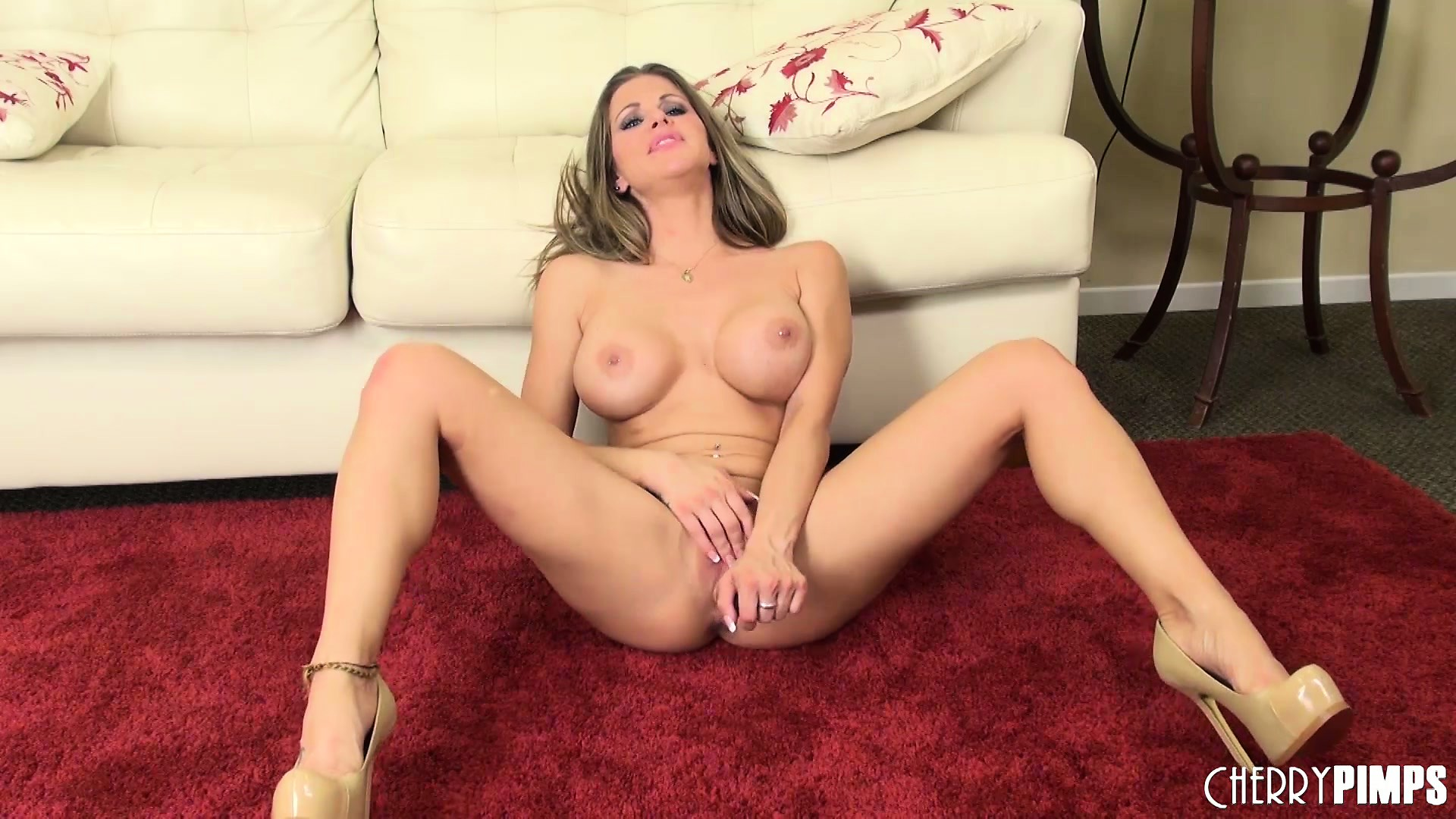 Porn Tube of Rachel Roxxx Love To Perform In A Solo Show Using Sex Toys For Satisfaction