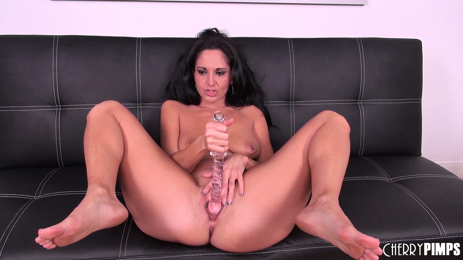 Pussy licki gonzo | Porn photo)