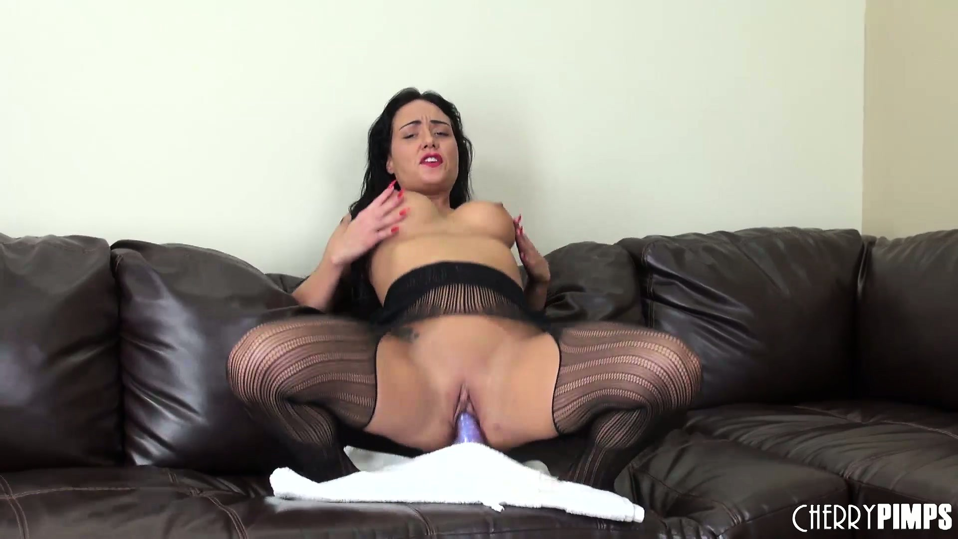 Porno Video of Busty Mahina Zaltana Shows Her Ass And Rides Her Fake Cock On The Couch