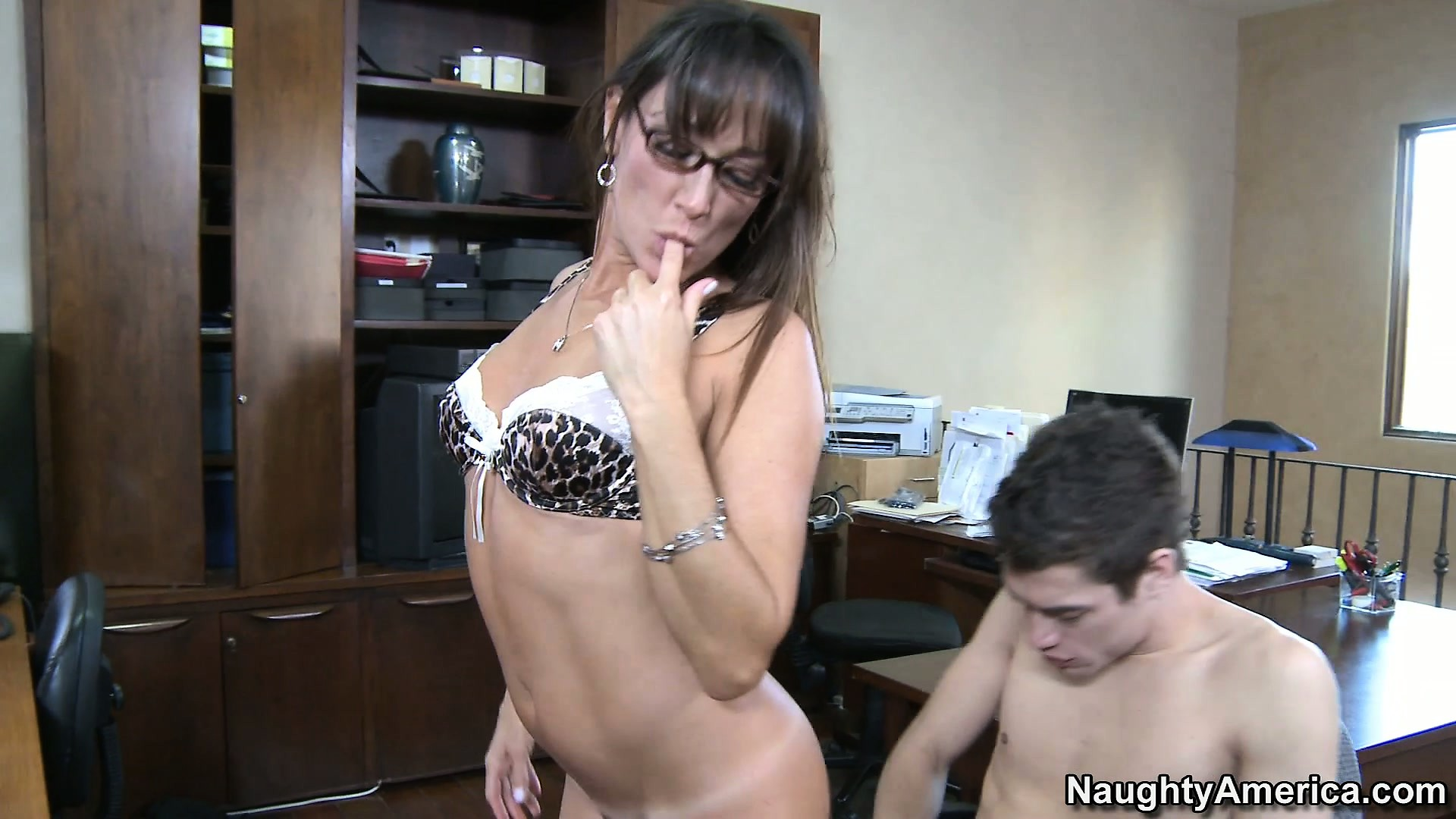 Sex Movie of Milf Michelle Lay Is A Good Lay And She Sucks Before Riding His Prick