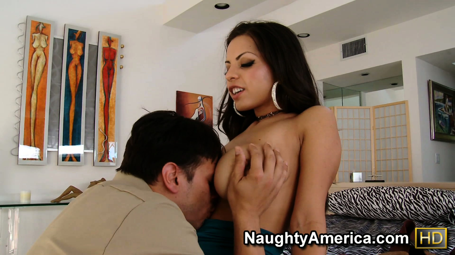 Porno Video of Yurizan Beltran Distracts The Tv Repairman By  Baring Her Big Boobs