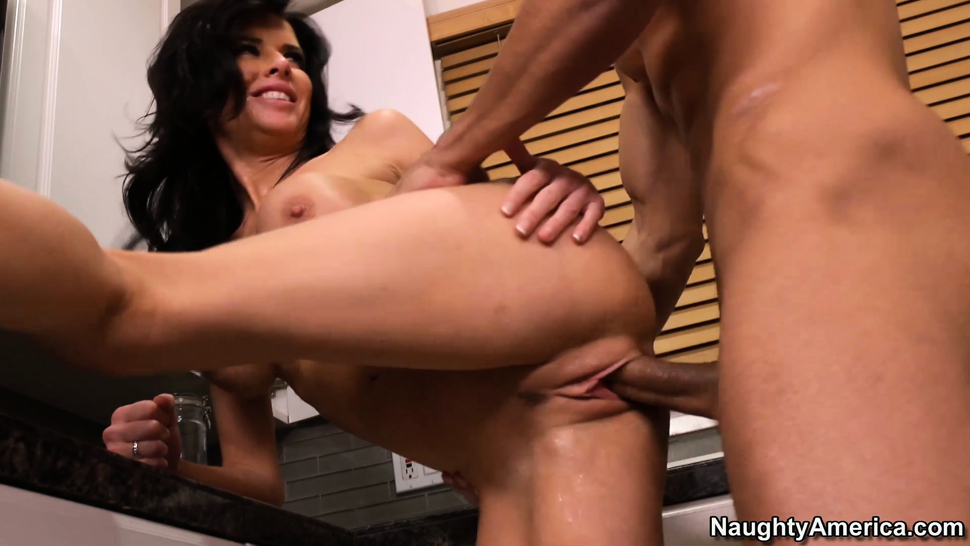 Porno Video of Brunette Slut Veronica Avluv Blows And Gets Banged In The Kitchen