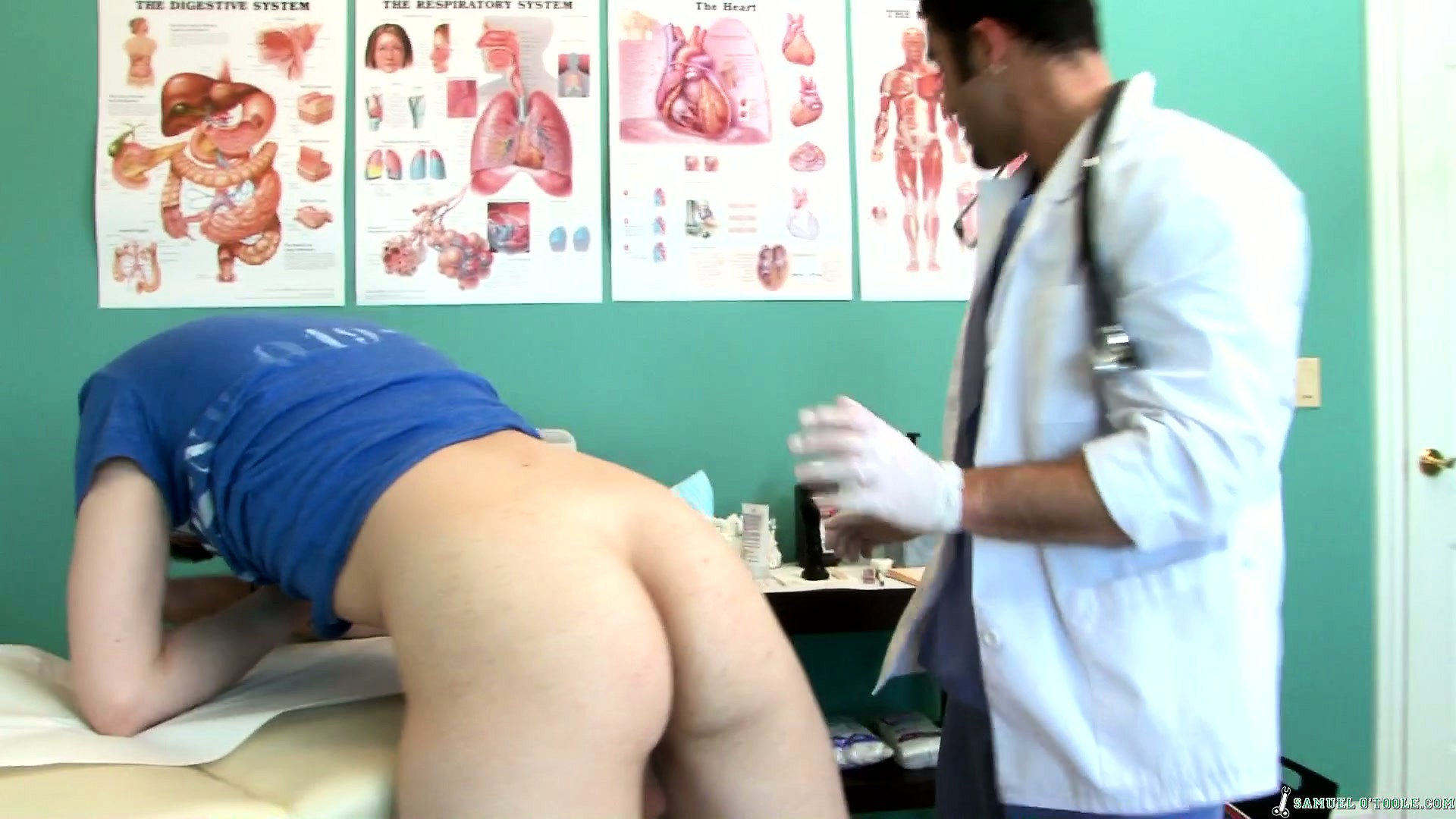 Porno Video of Twink Goes In For An Exam And Gets His Ass Checked Out By The Doctor