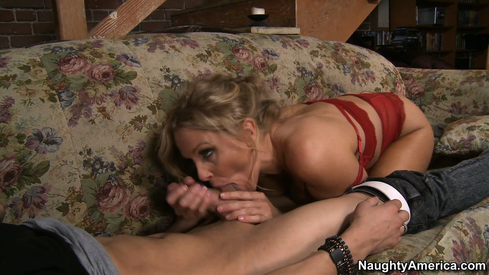 Porno Video of Julia Ann Pops Her Beautiful Knockers Out Of Restrictive Red Bra