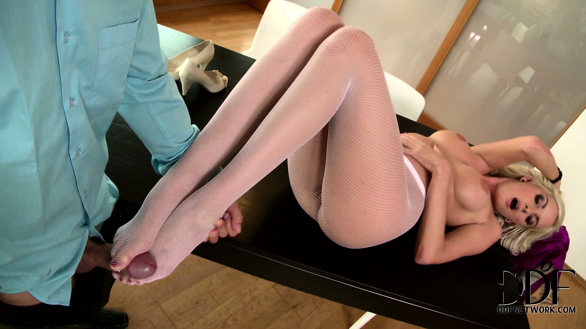 Porno Video of Her Tender Feet In White Nylon Will Deliver Tons Of Pleasure To Her Fuckmate