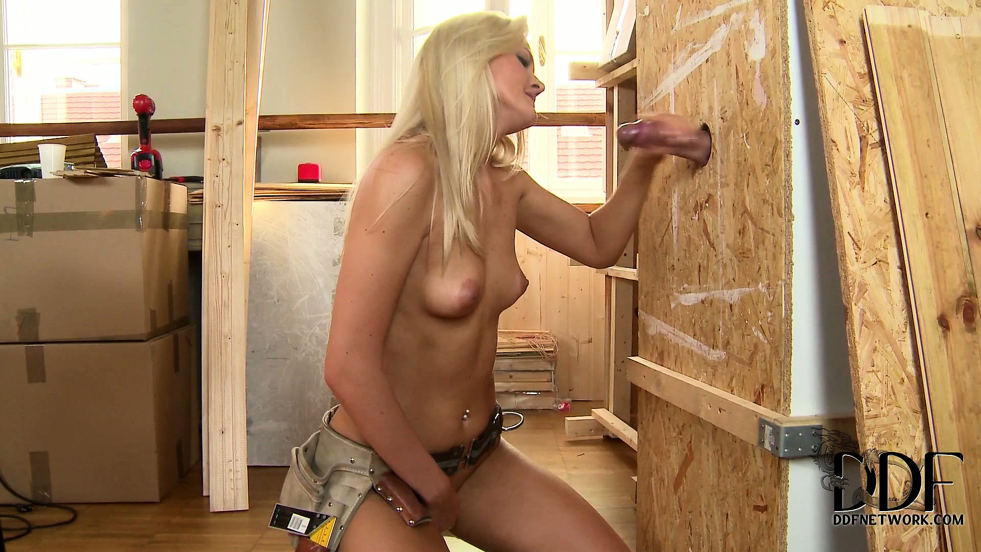 Porno Video of A Glory Hole With A Big Dick Is Exactly What She Needs In Her Renovated House