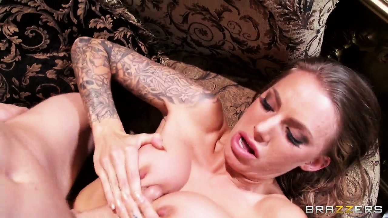 Porno Video of This Skank Likes It Rough And Deep When It Comes To Face-fucking
