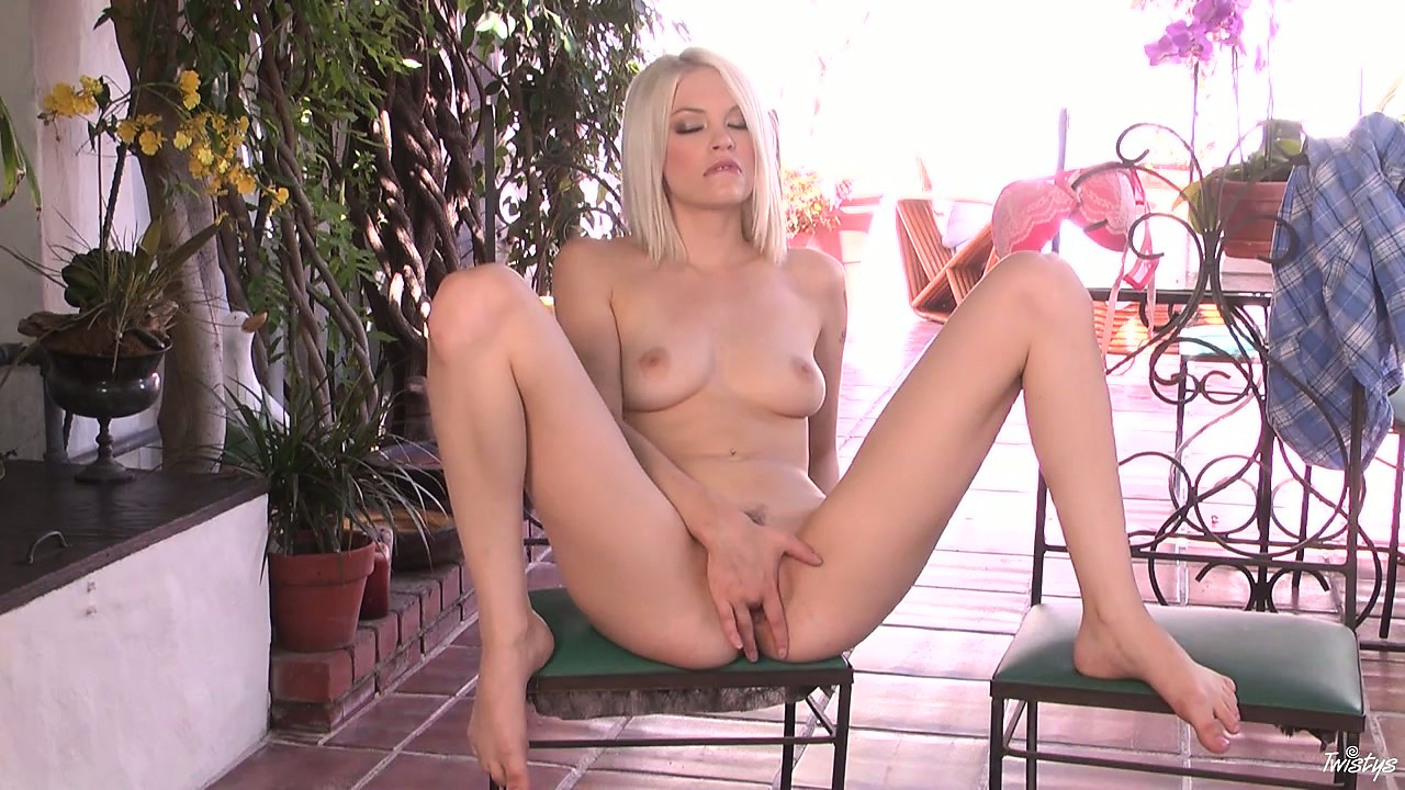 Porn Tube of Bree Posed Naked Displaying Her Fantastic Body, Breasts And Arse