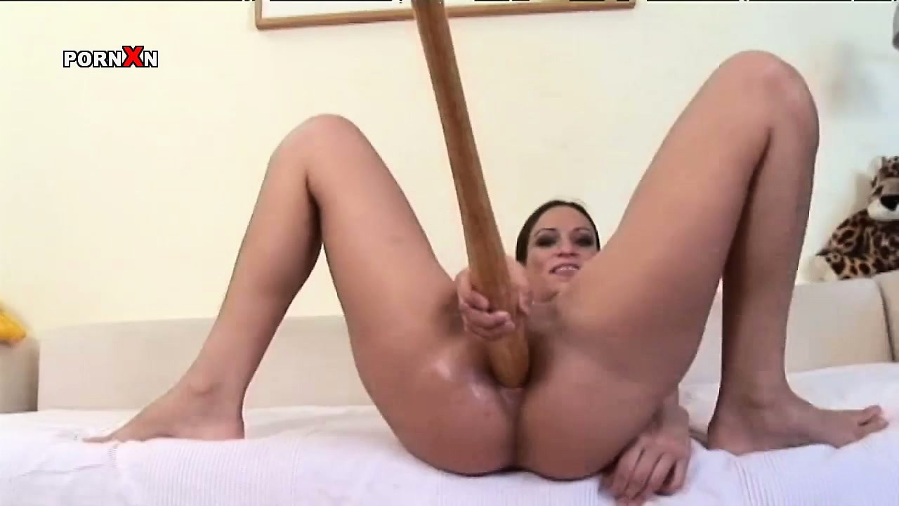 Porn Tube of Everybody Appreciate What Lovely Girl Amber Rayne Does To Her Twat