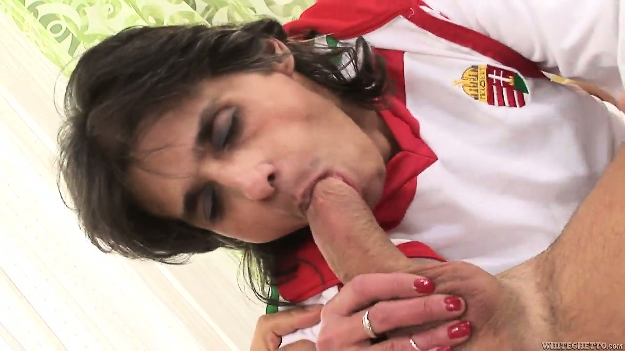 Porn Tube of My Old, Hairy Pussy Has Been Fucked And Now It Needs A Creampie