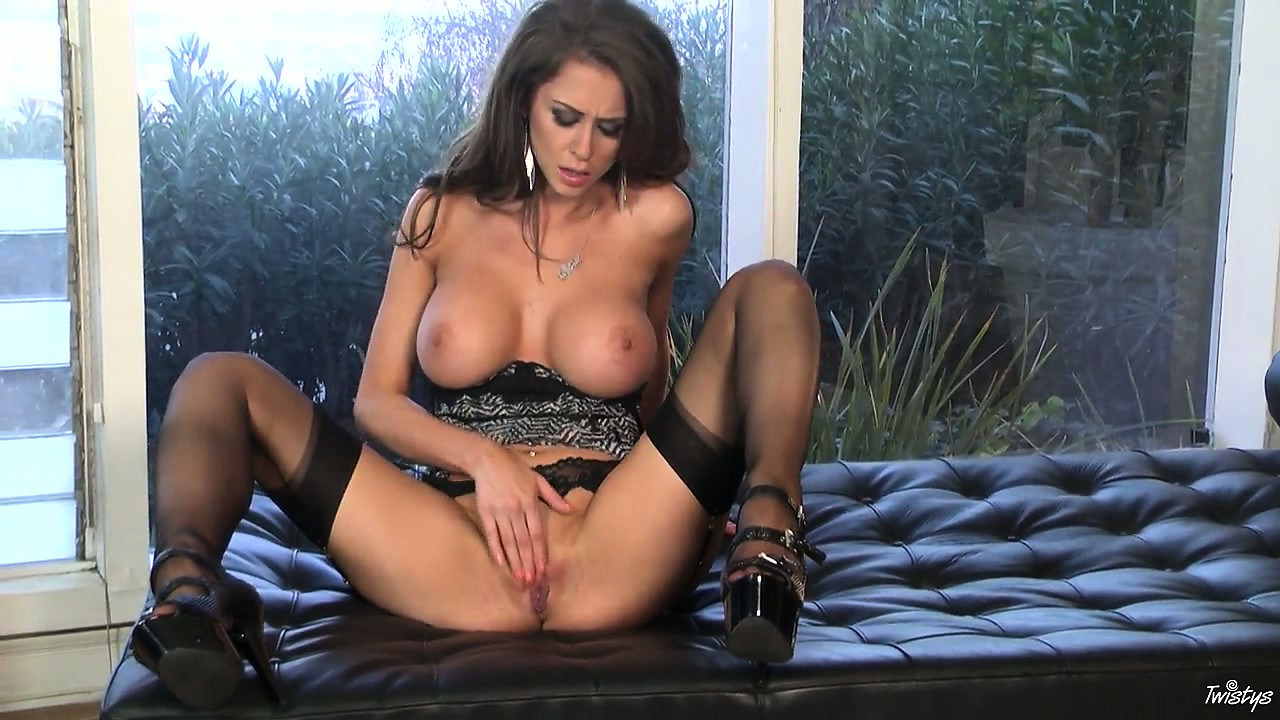 Porno Video of Brunette Beauty Likes To Tease And Pose Before Slipping Her Fingers Deep