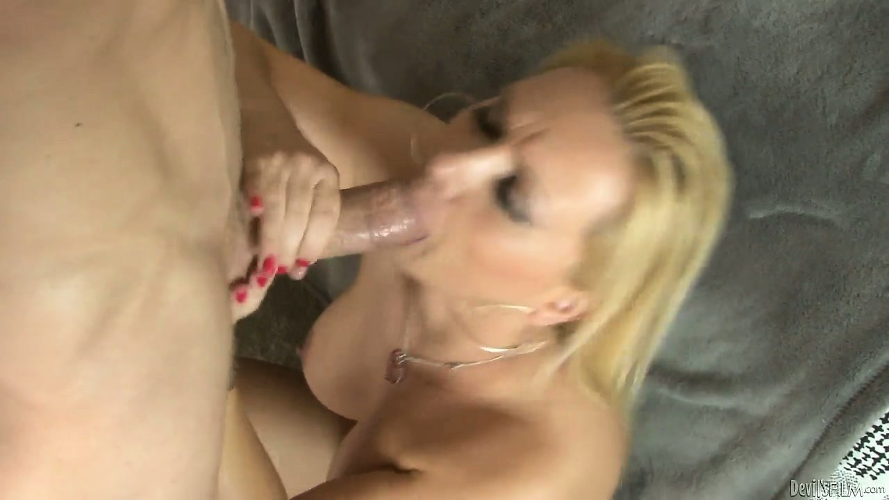Porno Video of Chubby Cougar With Wide Hips Gets A Mouthful Of Hot Young Spunk