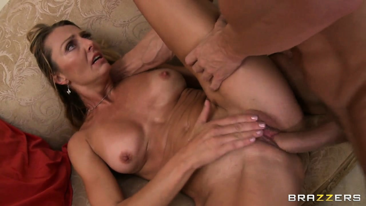 Porno Video of My Mother, The Blonde Cock Fucker, Likes To Eat Creamy Warm Cum