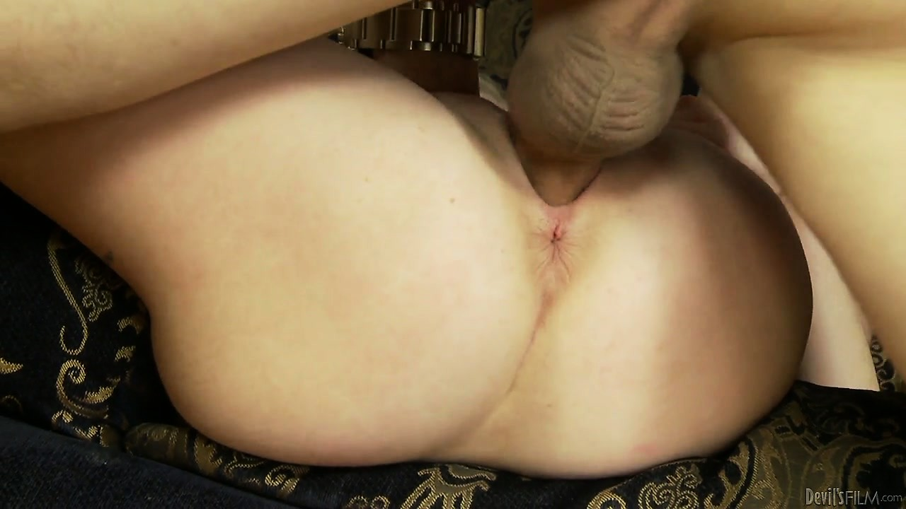 Porno Video of Sexy Blonde Teen With A Tight Pussy Gets Drilled By His Raging Rod