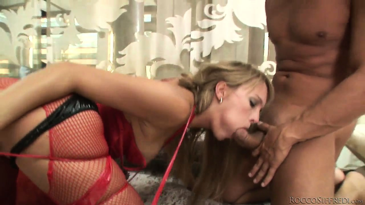 Porn Tube of Harmony Flame Fucked By One Hard Cock In Her Asshole And At The Same Time Using A Huge Dildo In Her Pussy