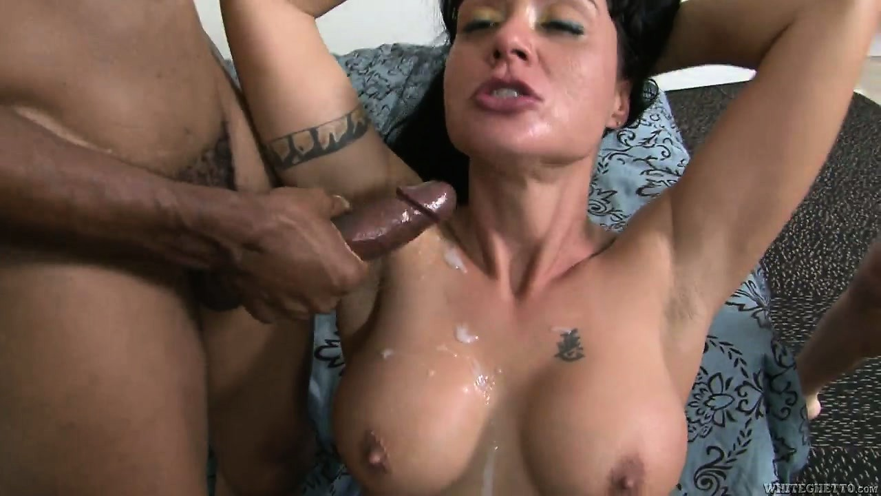Porno Video of Fit Cougar With Big Fake Titties Gets Spit-roasted By A Two Hunks