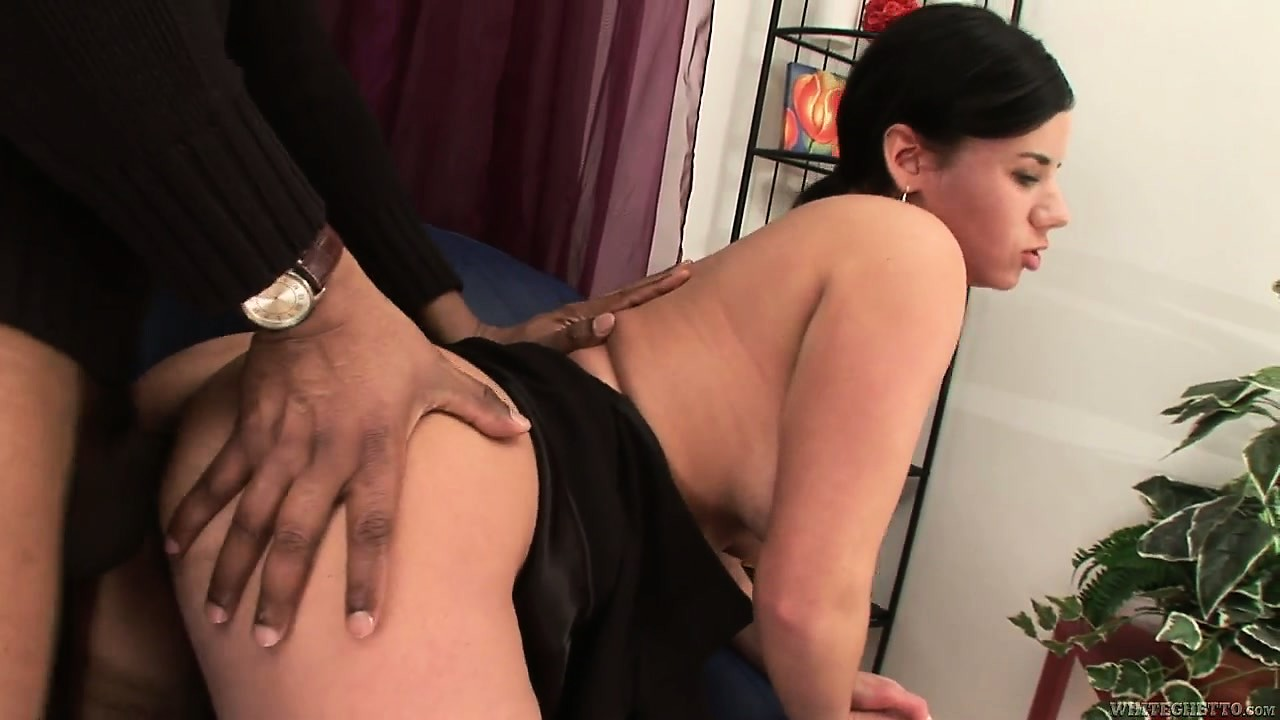Sex Movie of Stunning Brunette Milf With Huge Tits And A Lustful Ass Wants To Try A Black Dick