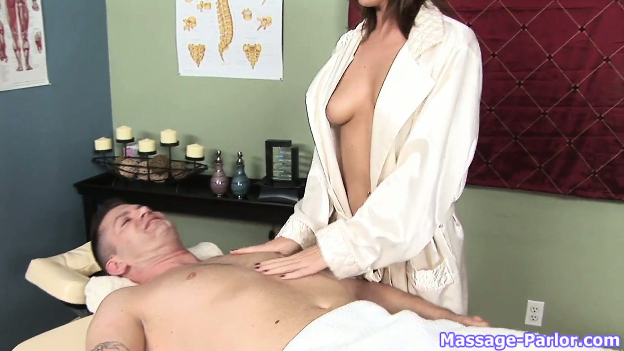 Sex Movie of Classy Brunette Gets Picked To Give Him His Massage And She Rubs