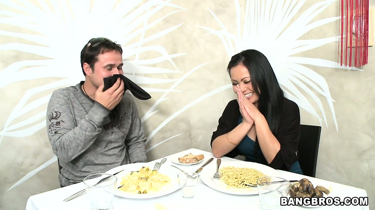 Porno Video of After Some Dirty Talking A Horny Couple Goes Out For Dinner In A Restaurant