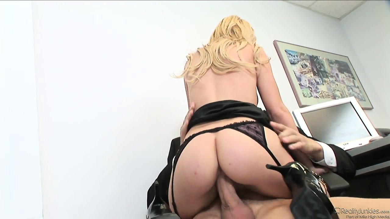 Porn Tube of Temp Office Babe Wants A Permanent Job So She Blows And Rides His Staff