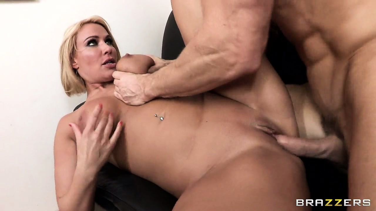 Porno Video of The Stacked Blonde Has Him Banging Her All Over The Office And Loves Every Moment Of It