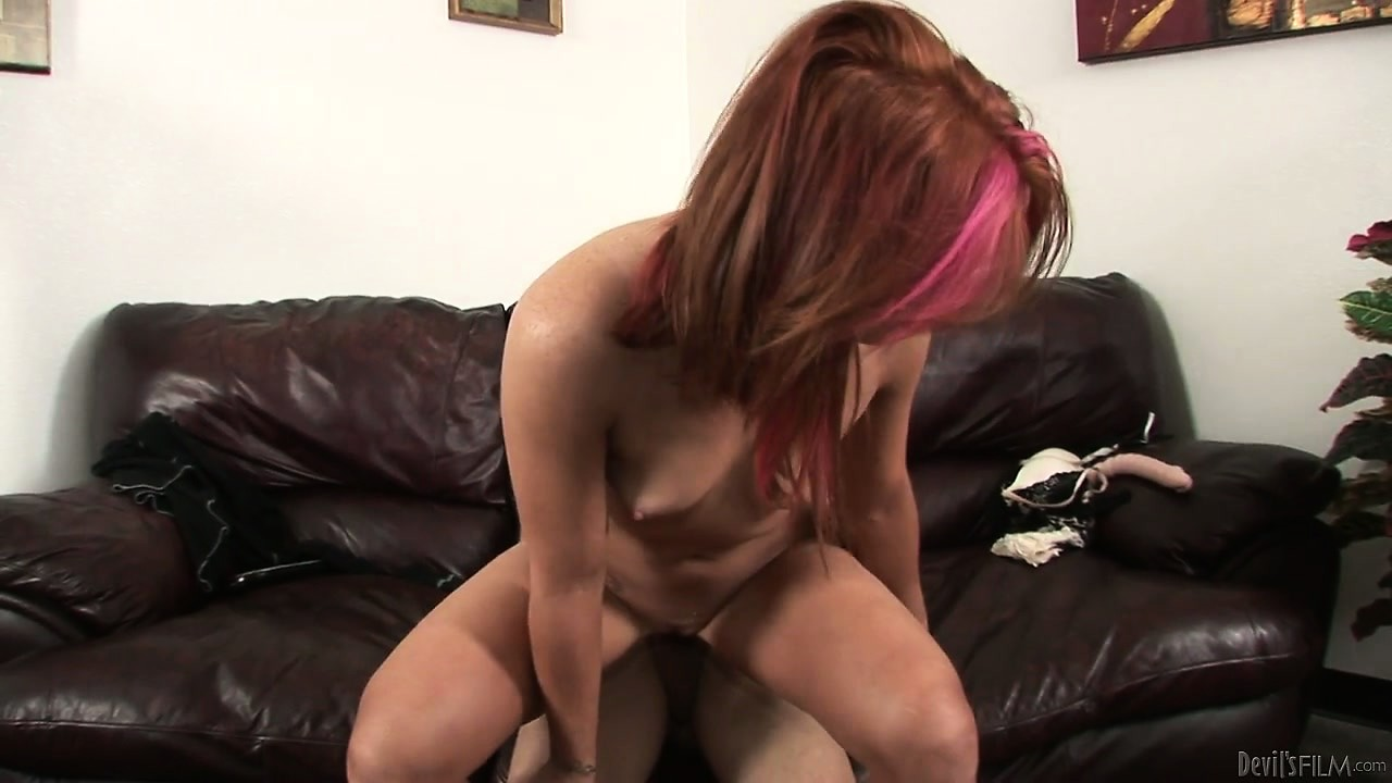 Porno Video of Red-head Hooker Continues To Amaze Her Lover With Her Magnificent Pussy