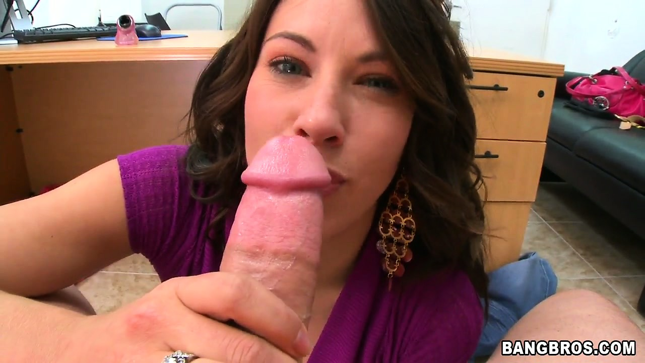 Porno Video of Hot Latina Babe Gets A Big Tentpeg And Sucks And Titty Fucks It