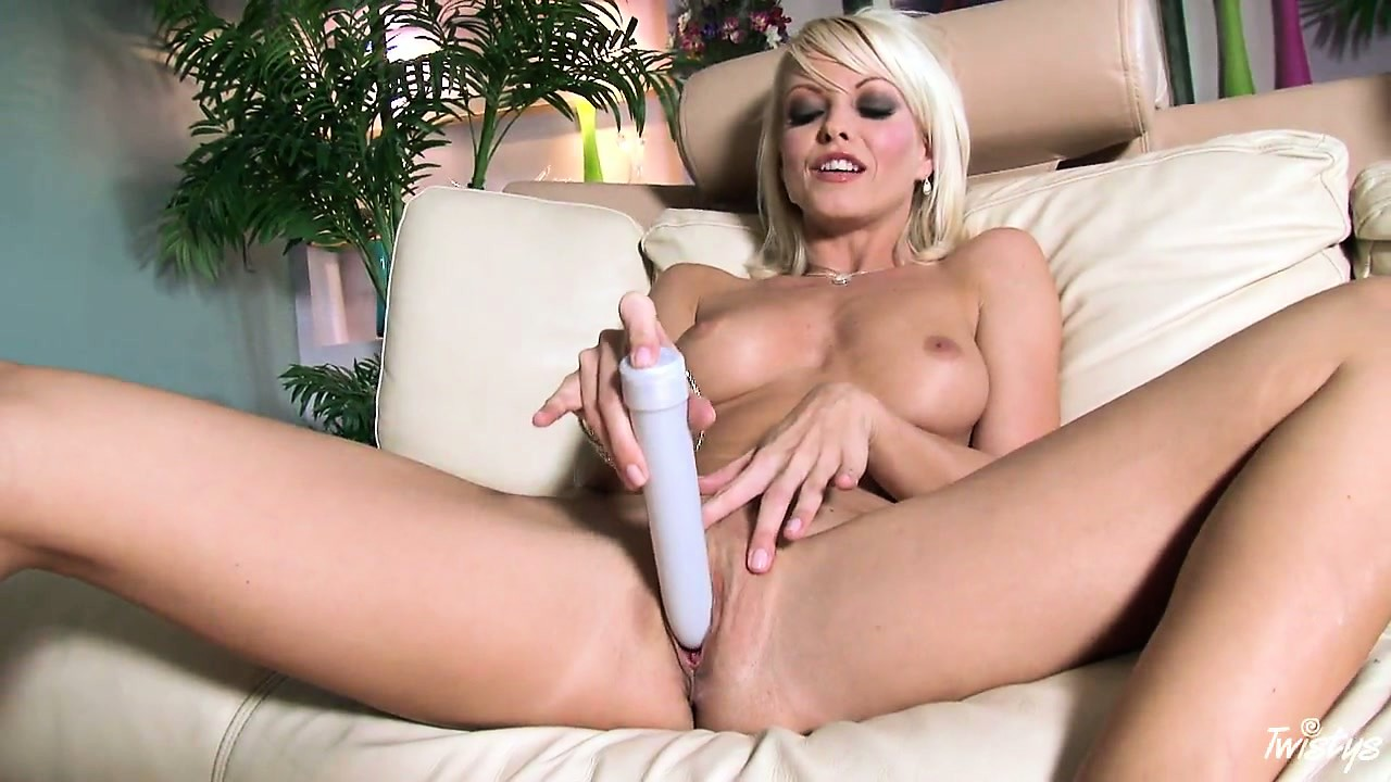 Porn Tube of Beautiful Blond Chick Goes From Clit Rubbing To Big Dildo Riding