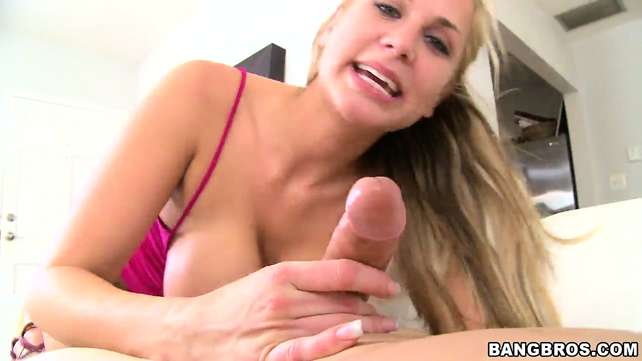 Porn Tube of After Having Her Vag And Ass Licked, Alanah Rae Sucks A Big Hard Knob