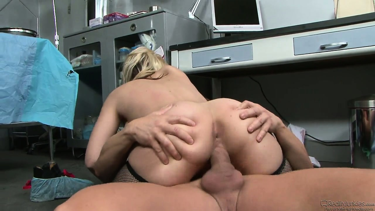 Porno Video of She Gets Pounded Bent Over And On Her Back, Then She Rides Him