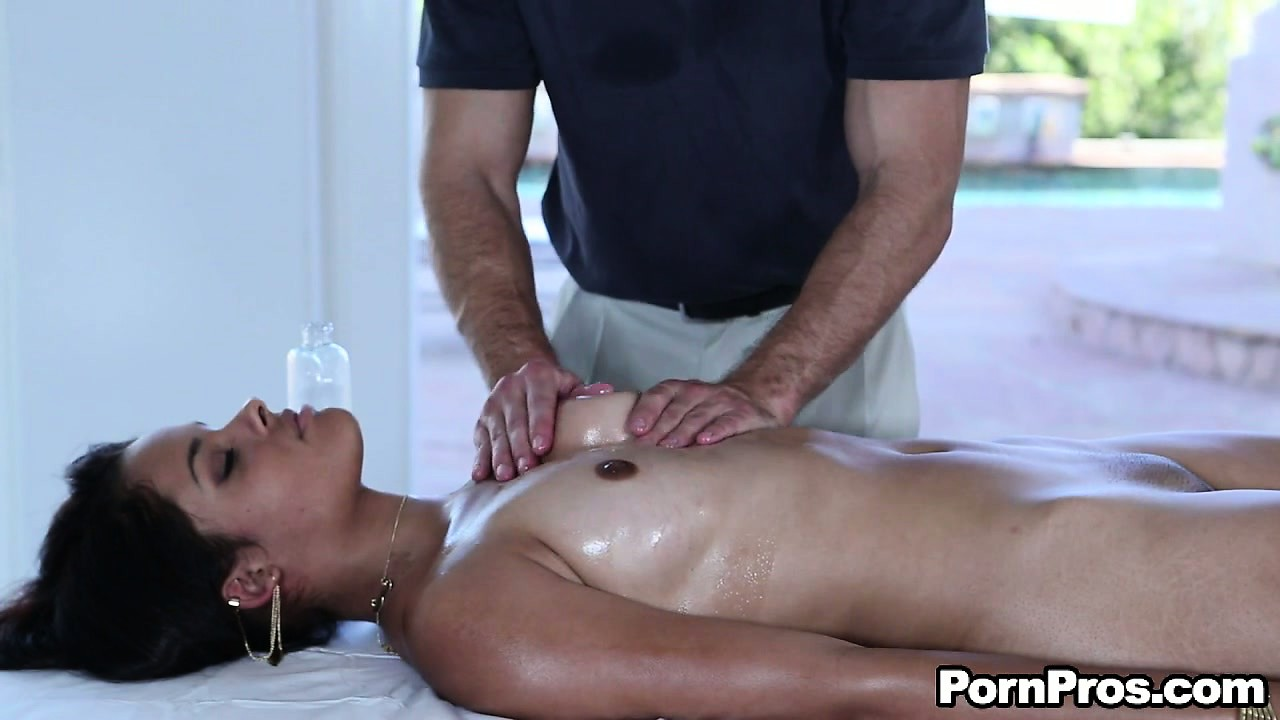 Porno Video of Bambi Wolfe Gets A Nice Oiled Up Massage And Some Pussy Play